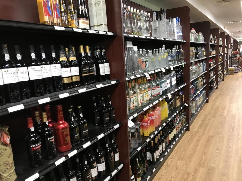 Liquor Store Shelving | Beer & Wine Store Fixture Displays