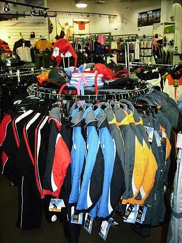 Round Clothing Rack