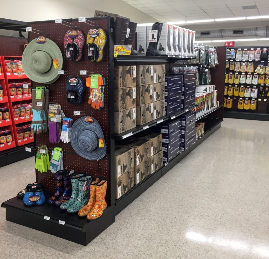 Retail Store Diplays: Retail Apparel Shelving Systems, Apparel Store Fixtures