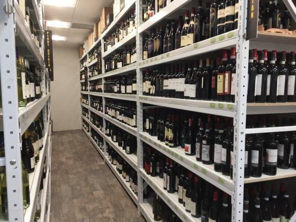 Liquor Store Wide Span Shelving